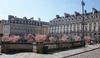Rennes, le centre-ville, place du parlement