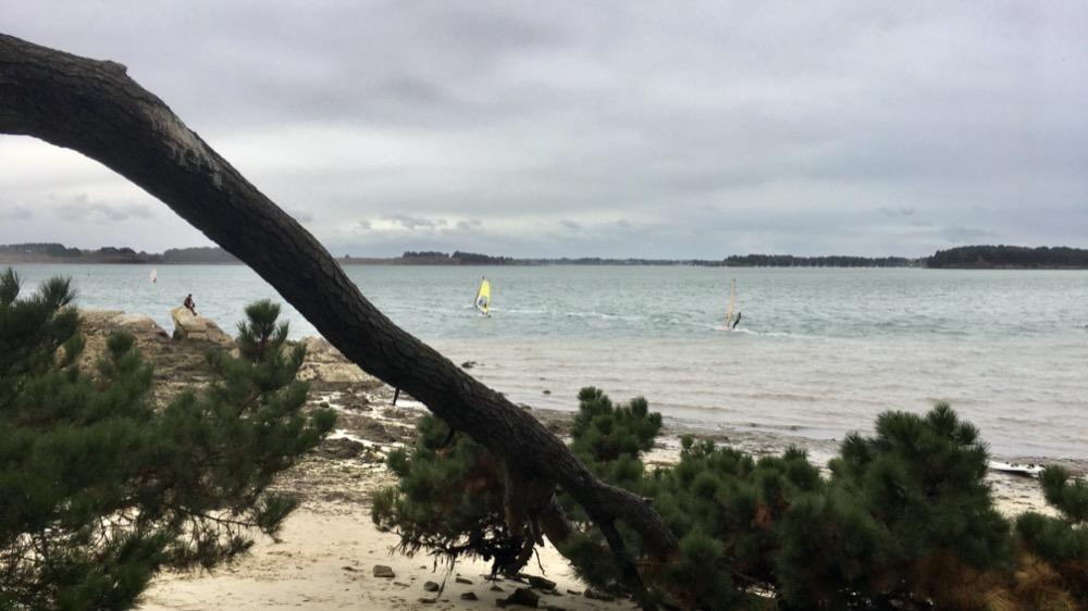 Vue sur le courant de la Jument depuis l'Île Berder