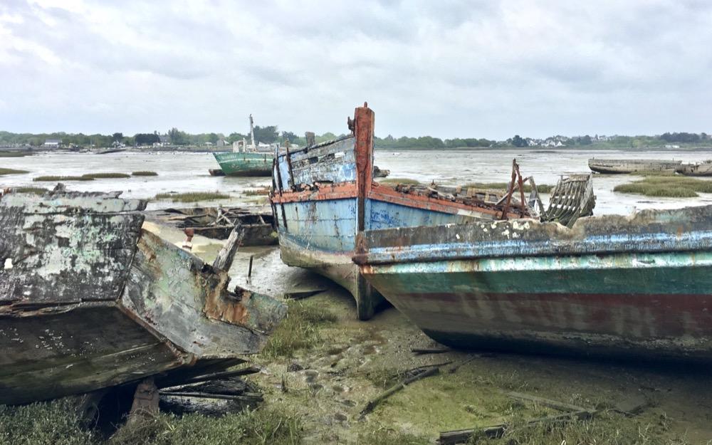 Cimetière des bateaux, Île de Boëd