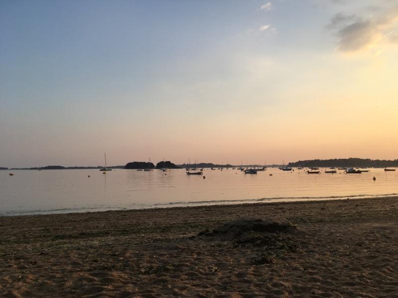La plage de Penboc'h au couché du soleil