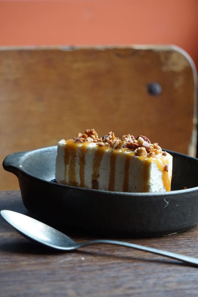 Cheesecake au beurre salé du restaurant L'Ardoise à Vannes