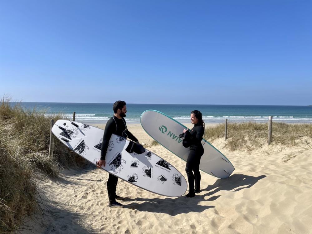 Surf à Quiberon, plage de la Guérite